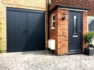 View Of House   Endurance Door   Coombe With Garador Carlton SHD    Anthracite Grey
