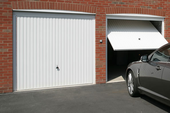 garador-up-over-garage-doors