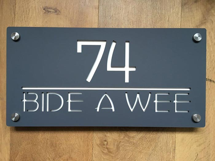 Bide a Wee - House name sign