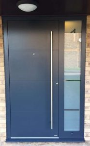 RK1100 - Anthracite Grey with house number