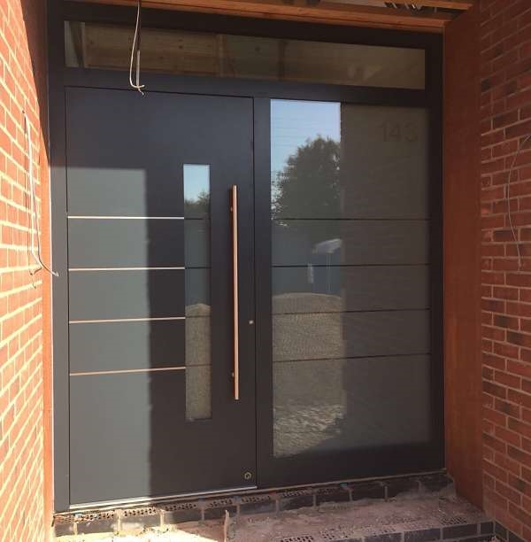 Bespoke Aluminum Entrance Door Ral 7016 Anthracite Grey