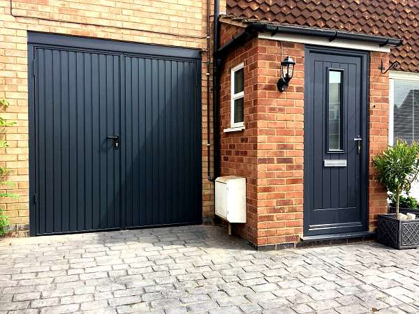 View of house - Endurance door - Coombe with Garador Carlton SHD - Anthracite Grey