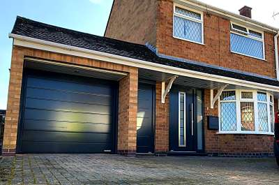 Hormann TPS750, Sectional and NT60 side door - Anthracite grey
